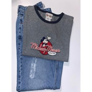 Mickey Mouse 🐭 T-shirt